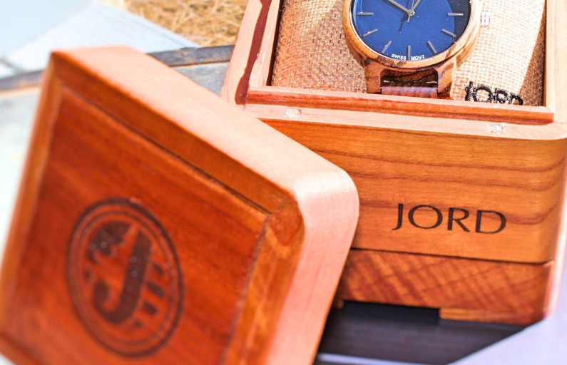 It's Time to Swing into Spring with the Jord unique watch review and GIVEAWAY!